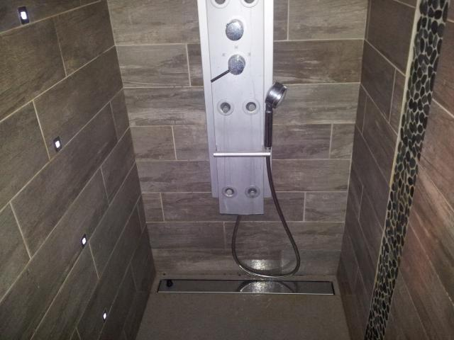 Quevrin carrelage durnal ciney namur - Renover joint carrelage douche ...